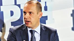 Zlatibor Loncar, Serbian Health Minister