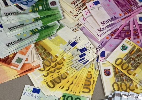 counterfeit_euro_banknotes